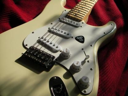stratocaster-1505326